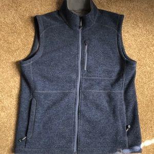 LL Bean Men's Large NWOT Vest